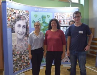 Vorschaubild zur Meldung: Öffentliche Führung durch die Anne-Frank-Ausstellung am 24. Juli
