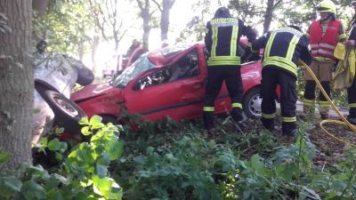 Einsatzübung Zug Nord - Verkehrsunfall mit 2 PKW