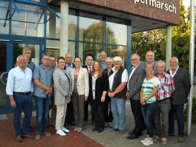 Die neue Schulverbandsversammlung mit der Leiterin des Hauptamtes Henrike Hahn