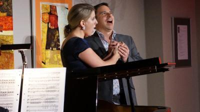 Konzert der Lotte Lehmann Akademie im Sommer 2017 im Kulturhaus: Angelo Raciti mit der Sopranistin Elizabeth Moran I Foto: Lotte Lehmann Akademie / Stadt Perleberg