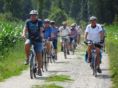 Vorschaubild zur Meldung: 6. Westlausitzer Erlebnis-Radtour begeisterte die Teilnehmer