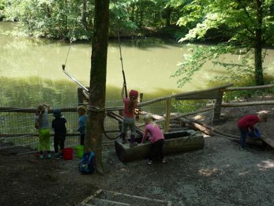 Vorschaubild zur Meldung: Walderlebniswoche im Kindergarten Hegelstrasse