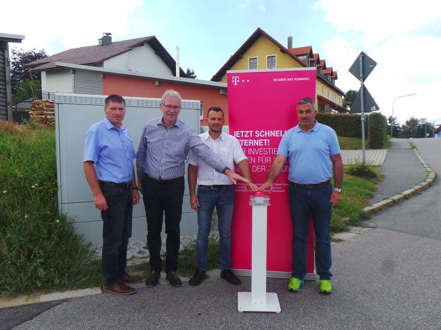 Vorschaubild der Meldung: Noch schnelleres Internet in der Gemeinde Hohenau