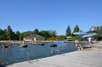 Vorschaubild zur Meldung: Schwimmunterricht, Spiel- und Badespaß im Naturerlebnisbad