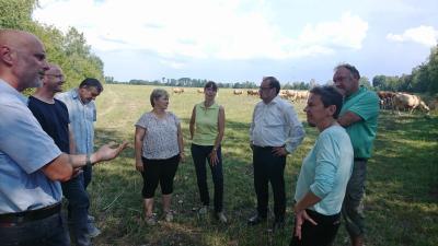 Foto zur Meldung: Minister Vogelsänger besucht Öko-Betriebe in Südbrandenburg