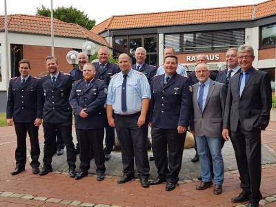 Foto zur Meldung: Neue Führungskräfte in der Feuerwehr
