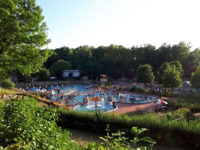 Wegen der anhaltenden Hitze verlängert die Stadt Sontra vorübergehend die aktuellen Öffnungszeiten des Freibades.