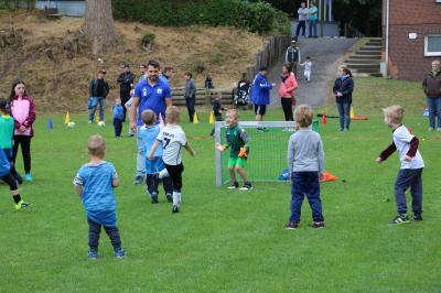 Foto zur Meldung: Jugend - !!! Achtung, Achtung !!! Der Ball rollt wieder !!!