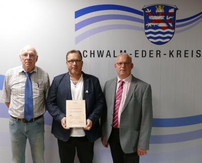 """Foto zur Meldung: Auszeichnung CC-Cut,Loshausen als """"Seniorenfreundlicher Betrieb""""."""