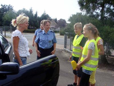 Foto zur Meldung: Verkehrserziehung am ersten Schultag