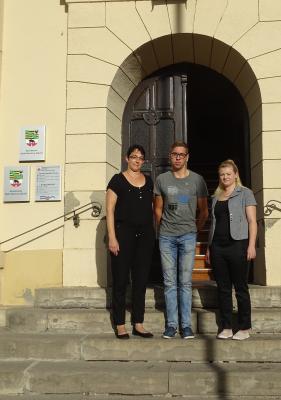 Foto zur Meldung: Ausbildungsbeginn bei der Stadt Nienburg (Saale)