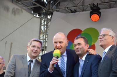Vorschaubild zur Meldung: Landesfest rundum gelungen! Ministerpräsident und Bürgermeister danken allen Beteilgten.