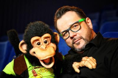"""Bauchredner Frank Lorenz war mit seiner Puppe """"Charly"""" im Jahre 2016 im Finale vom RTL """"Supertalent"""""""