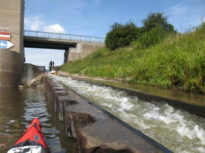 Foto zur Meldung: Weser: Bootsgasse Drakenburg außer Betrieb