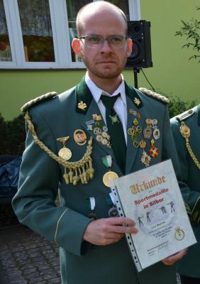 Während des 25. Schützenfestes wurde Lars Meyhak mit der Sportmedaille des Brandenburgischen Schützenbundes in Silber geehrt.