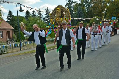 Foto zu Meldung: Steffenhagener Dorfgemeinschaft organisierte tolles Erntedankfest