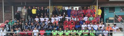 Foto zur Meldung: Über Fußball in die Vereine