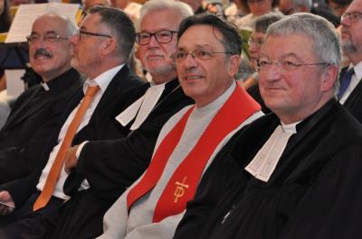 Friedrich Rößner (2.v.r.) steht als neuer Rektor an der Spitze der Puschendorfer Diakonie-Gemeinschaft