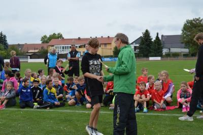 Foto zur Meldung: Jugend trainiert Leichtathletik WK IV in Lübbenau