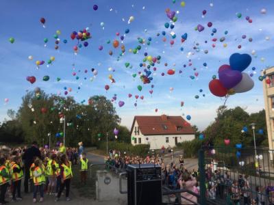 Vorschaubild zur Meldung: Luftballonwettbewerb 2018 gestartet