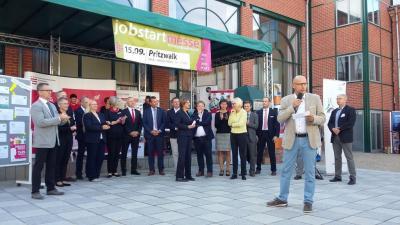 Foto zur Meldung: Firmen des Amtsgebietes Meyenburg  bei der Jobstart-Messe