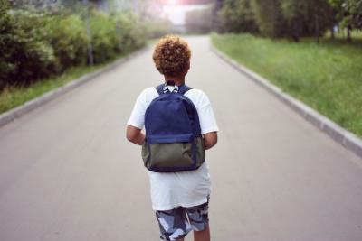 Lasst die Kinder Laufen! — Plädoyer für einen aktiven Schulweg (Quelle: Shutterstock)
