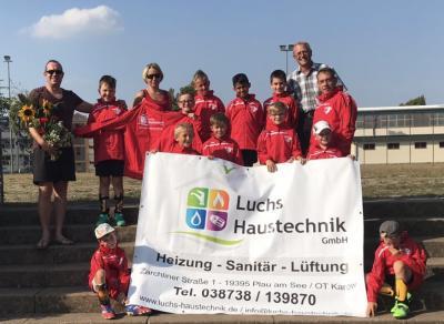 Foto zur Meldung: E2-Junioren / Regionaler Sponsor unterstützt PFC-Junioren