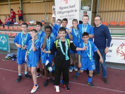 Foto zur Meldung: Training bei Fortuna Düsseldorf und Teilnahme am 3. Fortuna-Cup von Special Olympics