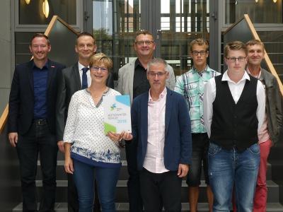 Foto zur Meldung: Marianne-Seidel-Schule in Senftenberg als Botschafter-Schule für hervorragende Berufs- und Studienorientierung geehrt