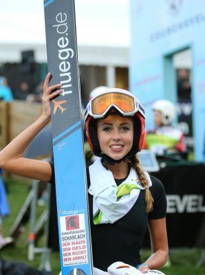 Foto zur Meldung: Juliane beendet FIS Sommer-Grand-Prix auf Platz 5
