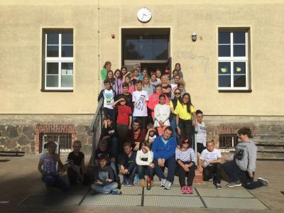 Vorschaubild zur Meldung: Trilaterales Treffen an der Diesterweg-Grundschule