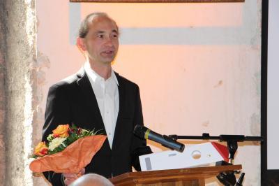 Herr Jonas Schönlebe bedankt sich für die Übergabe des Denkmalpreises/Quelle: LRA Mittelsachsen