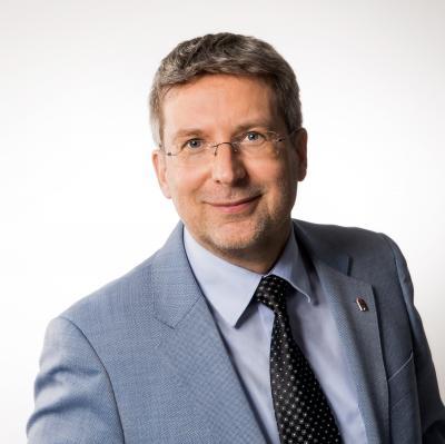 Vorschaubild zur Meldung: Dr. Oliver Hermann wird neuer Präsident des Städte- und Gemeindebundes Brandenburg