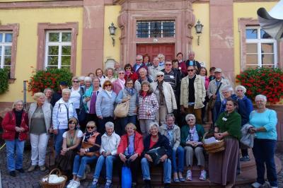 Vorschaubild zur Meldung: Vierte Städtetour 2018 der Maintal Aktiv - Freiwilligenagentur führte nach Miltenberg