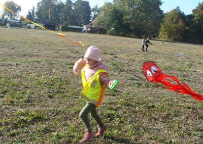 Foto zur Meldung: Grundschüler am Wandertag unterwegs