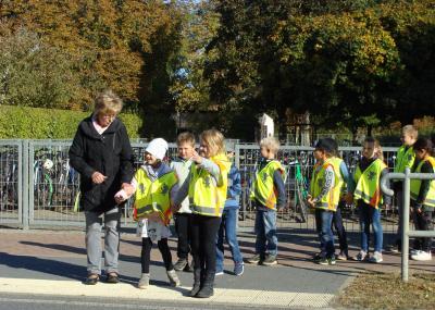 Foto zur Meldung: Zu Fuß oder mit dem Fahrrad zur Schule