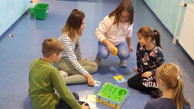 """Vorschaubild zur Meldung: Aktion """"Spielen macht Schule"""""""
