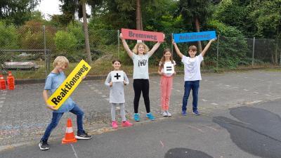 Foto zur Meldung: Achtung, Auto! ADAC-Verkehrserziehung für die 5. und 6. Klassen am Sophie-Hedwig-Gymnasium