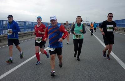 Foto zur Meldung: 11.Rügenbrückenlauf mit mehr als 4000 Teilnehmern