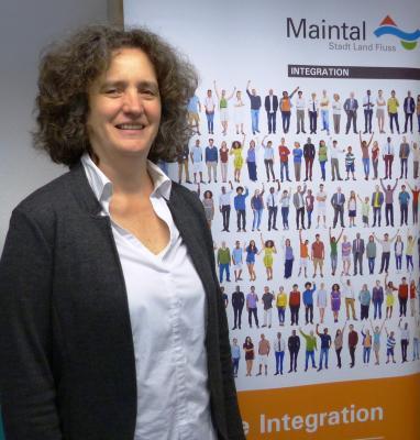 Kulturelle Unterschiede und Gemeinsamkeiten stehen im Mittelpunkt eines Seminars für Ehrenamtliche. Referentin ist Verena Strub (Foto), Integrationsbeauftragte der Stadt Maintal und zertifiziere interkulturelle Trainerin.
