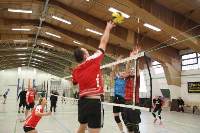 Vorschaubild zur Meldung: 25. Stadtmeisterschaften im Volleyball um den Pokal des Bürgermeisters