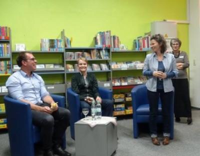 """Foto zur Meldung: Eröffnung der """"Bibliothek QUEER"""" mit neuem Medienbestand"""