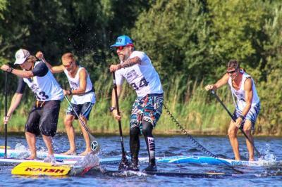Foto zur Meldung: Erfolgreiche Premiere der Stand-up-Paddling-Landesmeisterschaft Niedersachsen