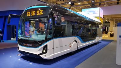 Ein E-Testbus des französischen Herstellers Heulliez wird am Freitag mehrere Stunden auf Linie MKK23 eingesetzt. Foto: E-Bus von Heulliez