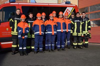 """Vorschaubild zur Meldung: Jugend """"besetzte"""" Feuerwehrhaus"""