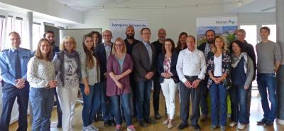 Mitte Oktober fand die zweite Sicherheitskonferenz im Rahmen des KOMPASS-Projektes statt. Das Bild zeigt die Teilnehmer*innen.