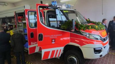 Vorschaubild zur Meldung: Neues Fahrzeug für die Feuerwehr