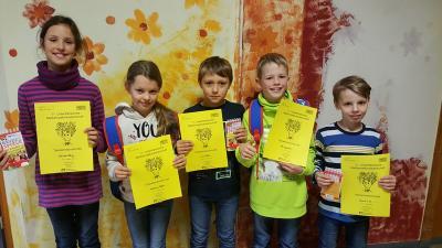 Die Sieger der Mathematikmeisterschaft 2018: vlnr: Emilia Förg, Adriana Beck, Luis Roth, Philipp Heck, Jannik Lins