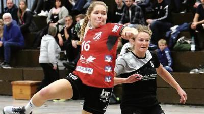 HSG Spielerin Johanna Stuffel und ihre Schwester Katharina, die bei dem TVN spielt.