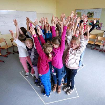 Vorschaubild zur Meldung: Sozialttraining der 5.Klassen im Jugendzentrum